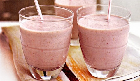 3 Resep Strawberry Smoothies Super Nikmat