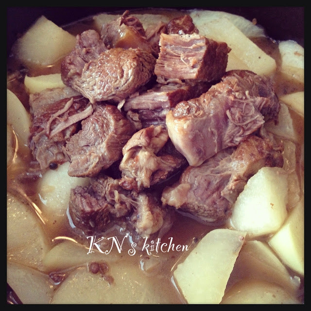 清湯牛腩 Braised Gravy Beef in Clear Broth