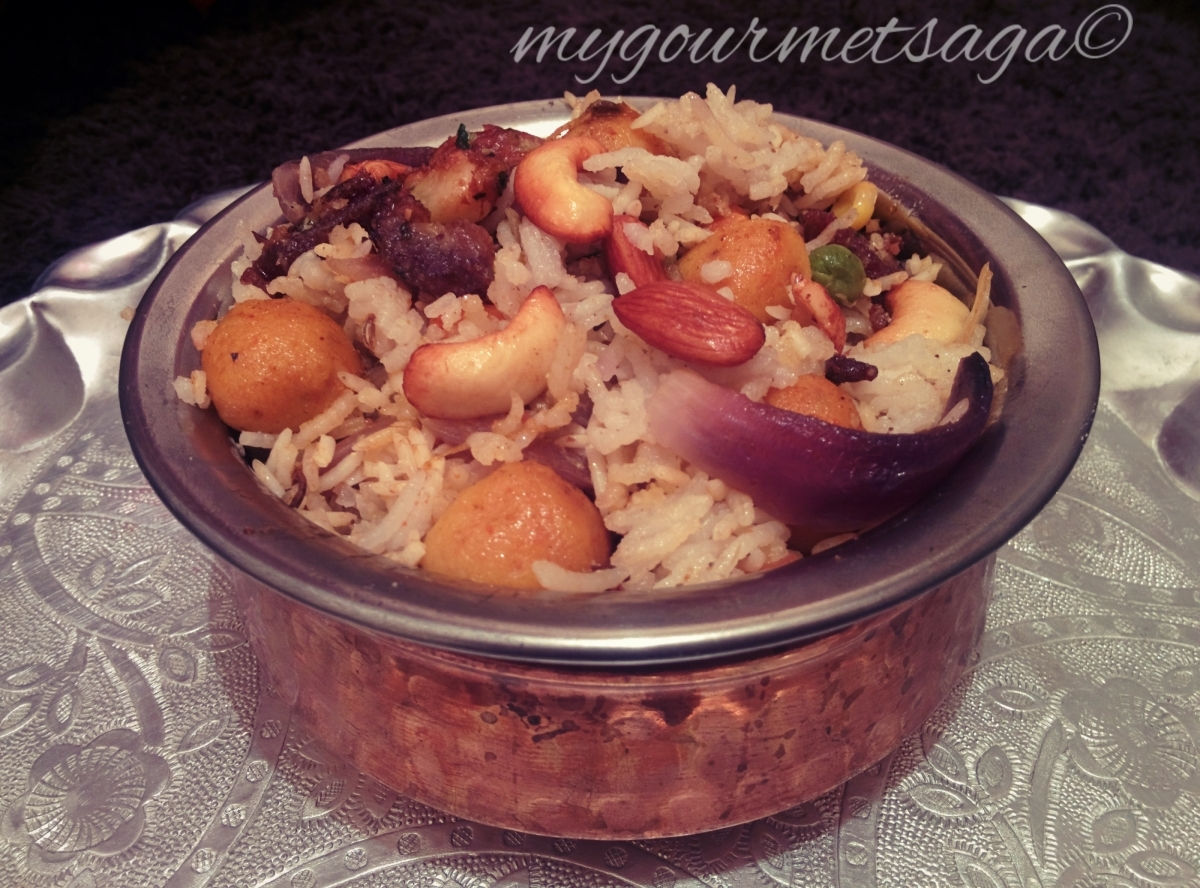 Jodhpuri Pulav- Aromatic Rice Preparation in Yogurt with Nuts & Spices