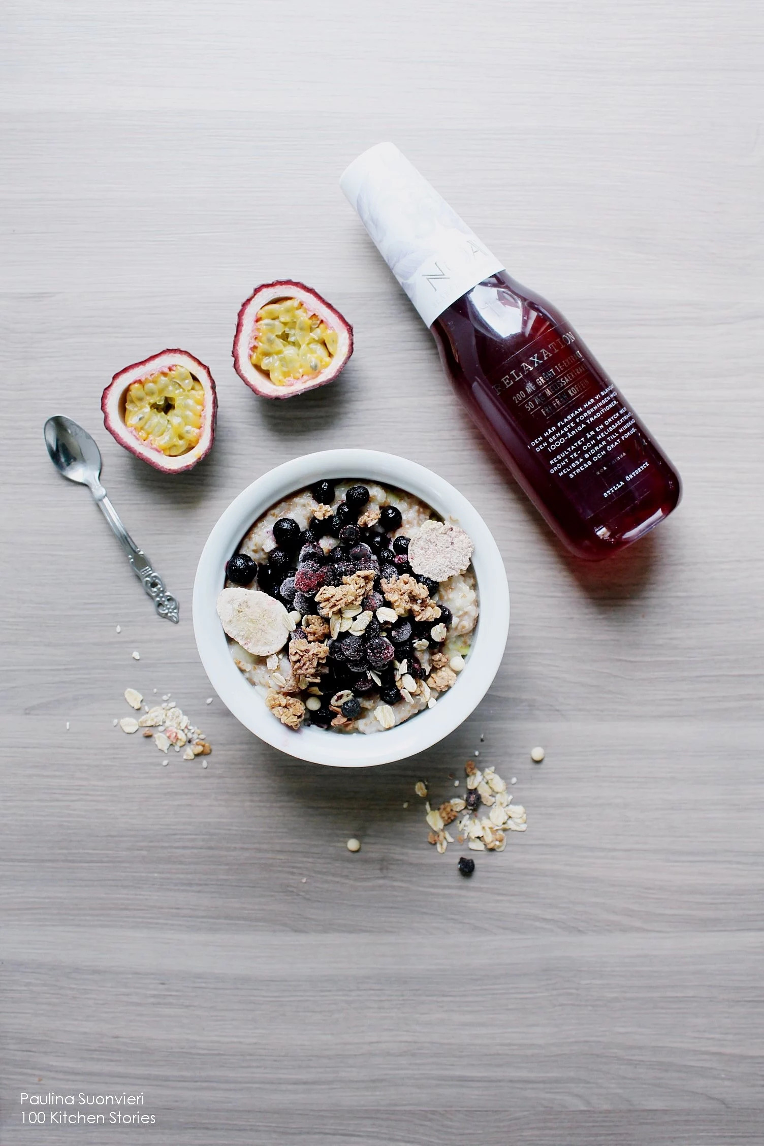 Vegan Gluten Free Coconut Porridge w Bluberry White Chocolate Granola & Passion Fruit