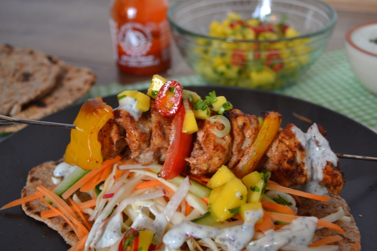 Healthy Chicken Kebabs with Wholewheat Flatbreads, Mango Salsa & Mint Yoghurt Dressing