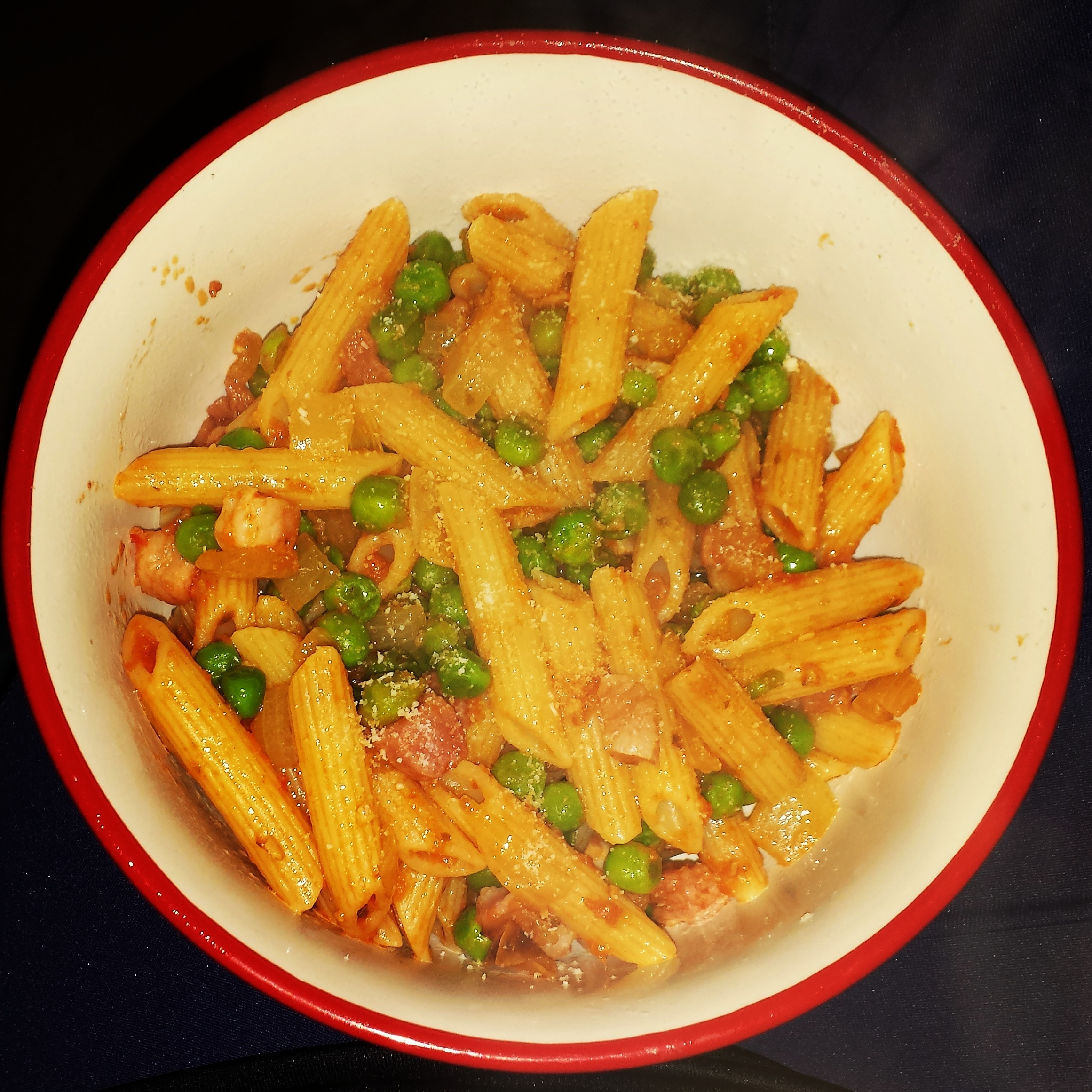 Things I have been cooking lately #99: Penne with peas, pancetta and pesto
