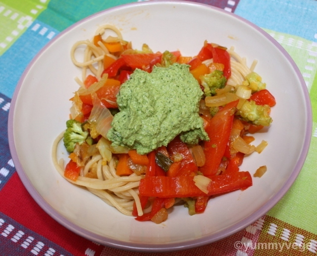Pasta with Sunflower Seed and Parsley Sauce