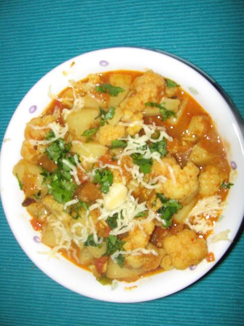 Aloo Gobi (Potato n Cauliflower curry)