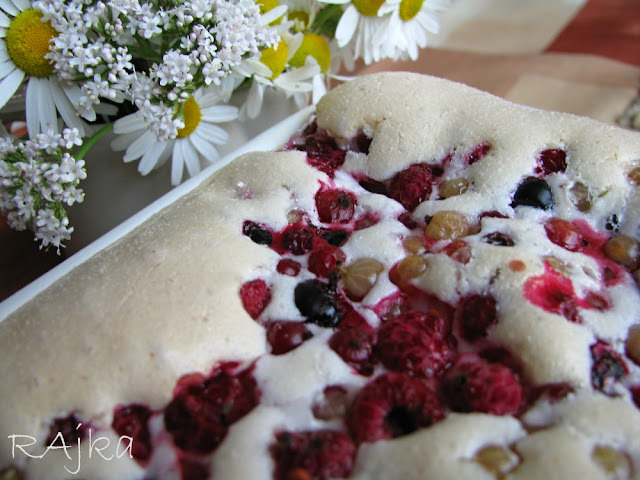 Ríbezľový snehový koláč