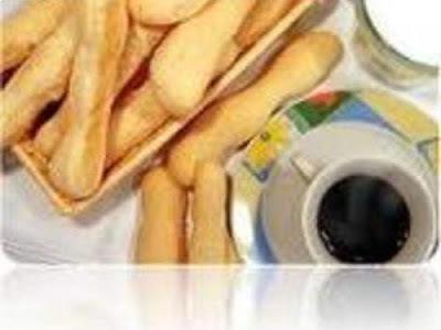 biscoito de polvilho azedo frito caseiro