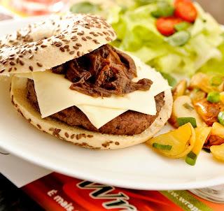 hambúrguer no bagel