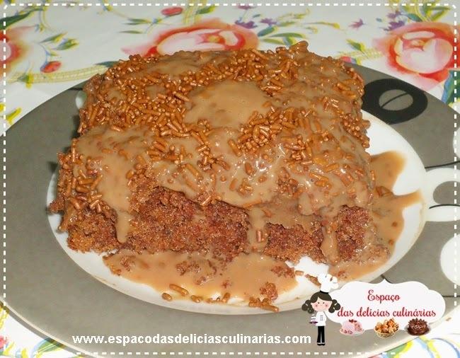 Bolo nega maluca com brigadeiro e bolo simples com leite em pó