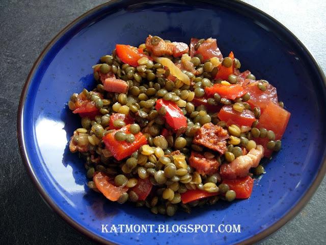 Salada de lentilha com chorizo