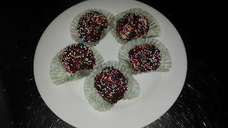 Trufas de chocolate con crema batida