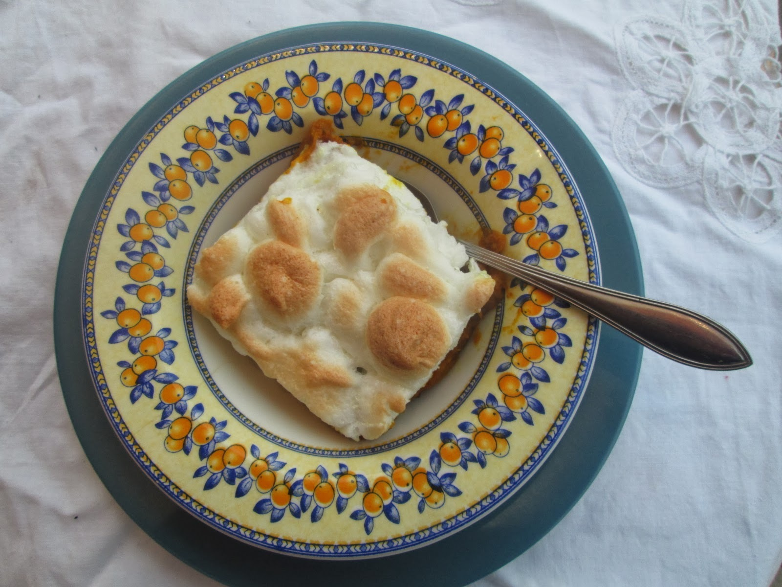 Sweet potatoes with marshmallow meringue (postre de camotes con merengue)