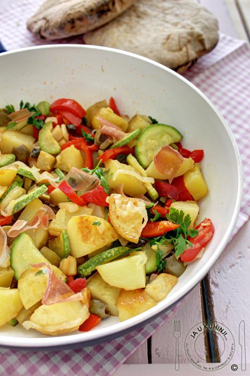 Dinstano povrće