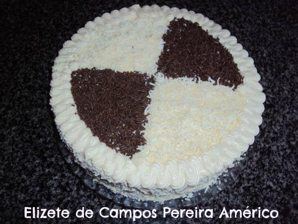 Bolo 4 leites: Elizete de Campos Pereira Américo