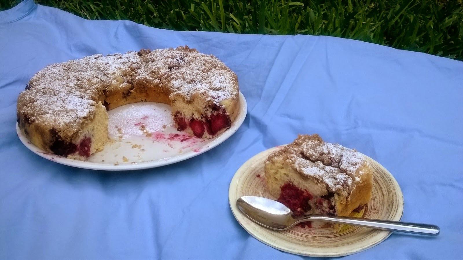 Blackberry Crum Cake {Rosca de Zarzamora con Crumble}