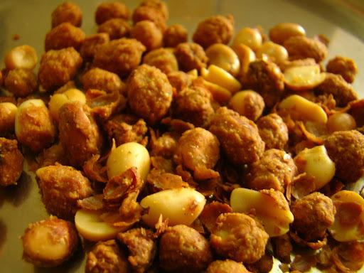 Badam Pakudi (masala peanuts)