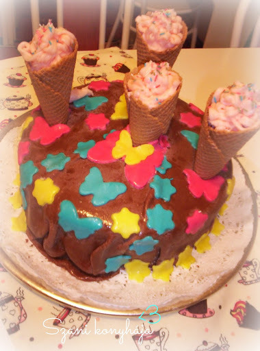 Csoki torta ganache krémmel töltve