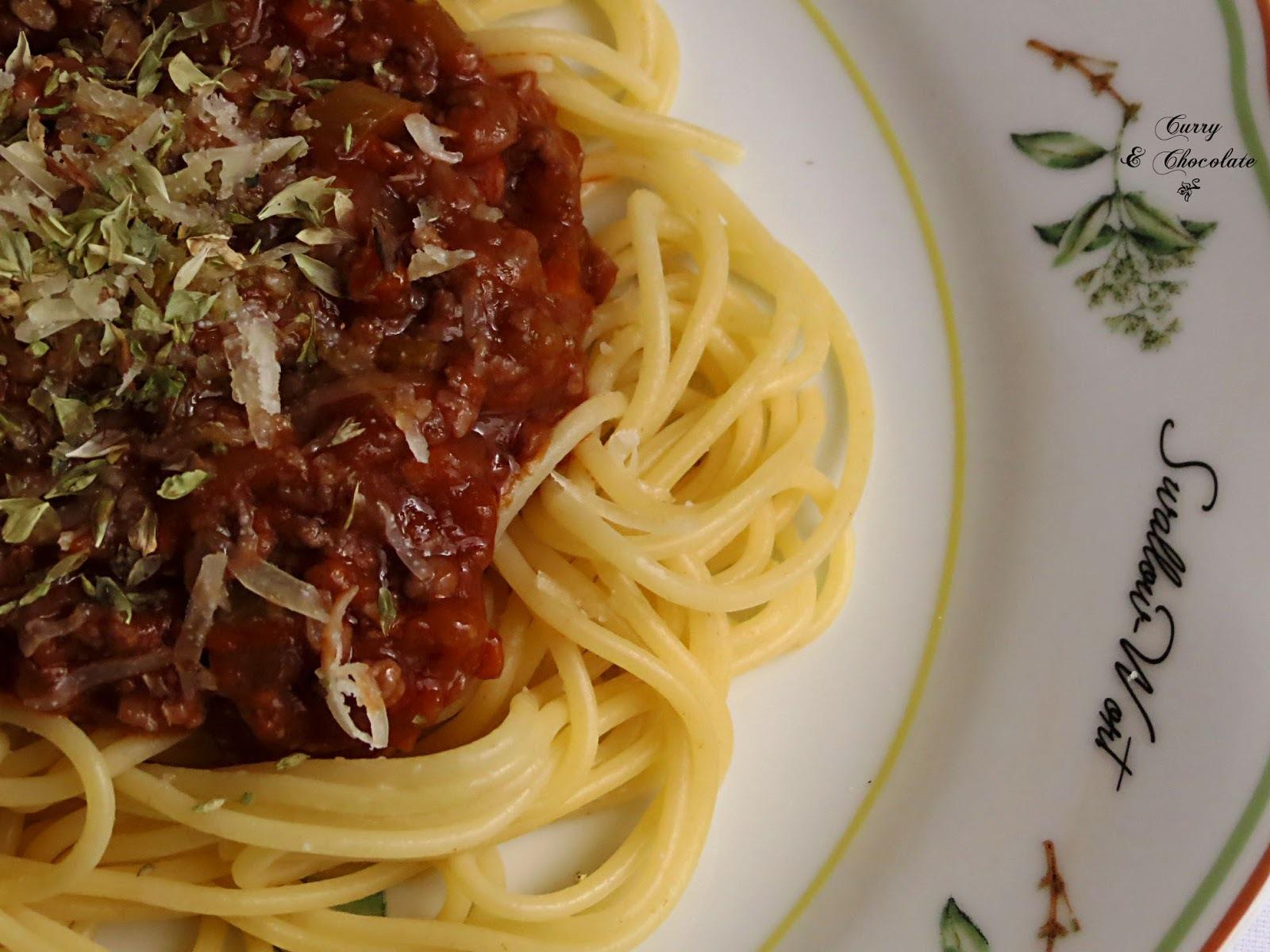 Espaguetis con salsa Boloñesa – Spaghetti Bolognese