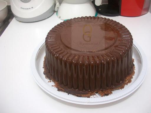 de recheio de bombom com nata para bolo