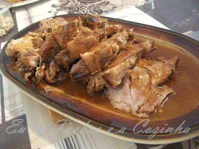 carne de porco assado no forno com arroz de legume no forno