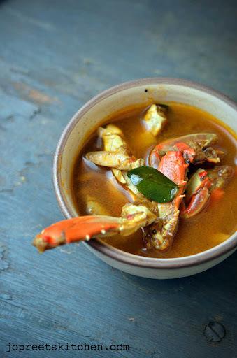 Chettinadu Nandu Rasam / Spicy Crab Legs Soup