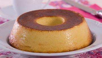 bolo cremoso de farinha de milho em flocos