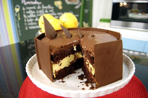 Bolo Dupla Paixão de Chocolate com Maracujá