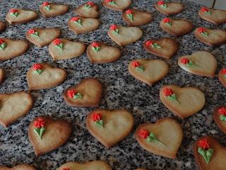 De sidste småkager til brylluppet