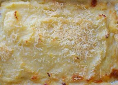 Frango cremoso ao molho de queijos