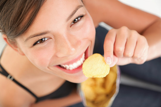 Ako sa vyhnúť nekontrolovanému jedeniu, keď sa nudíte