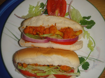 VEGGIE HOT DOG WITH GOBI FILLING