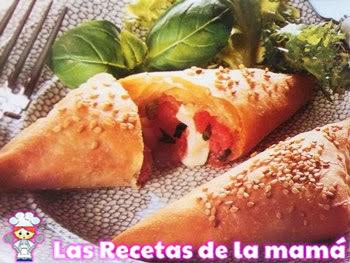 Receta de Empanadillas de mozzarella y tomate