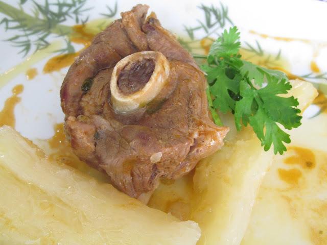 como fazer carne de bode cozida
