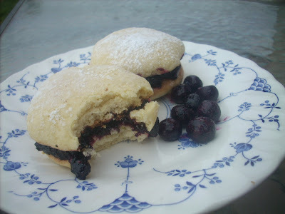 blueberry jam sandwich cookies