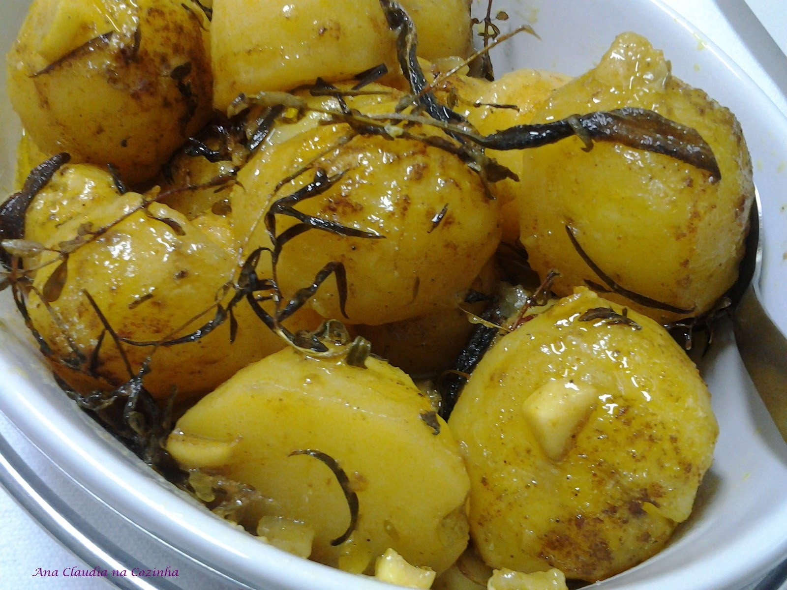 Batatas Assadas com Ervas e Curry