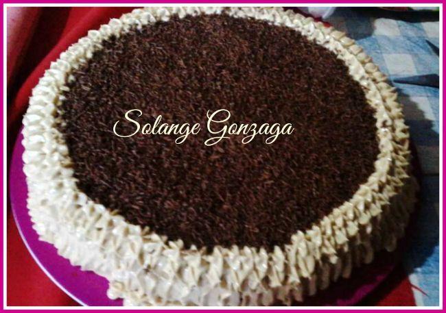 Torta creme de doce de leite com chocolate, de Solange Gonzaga