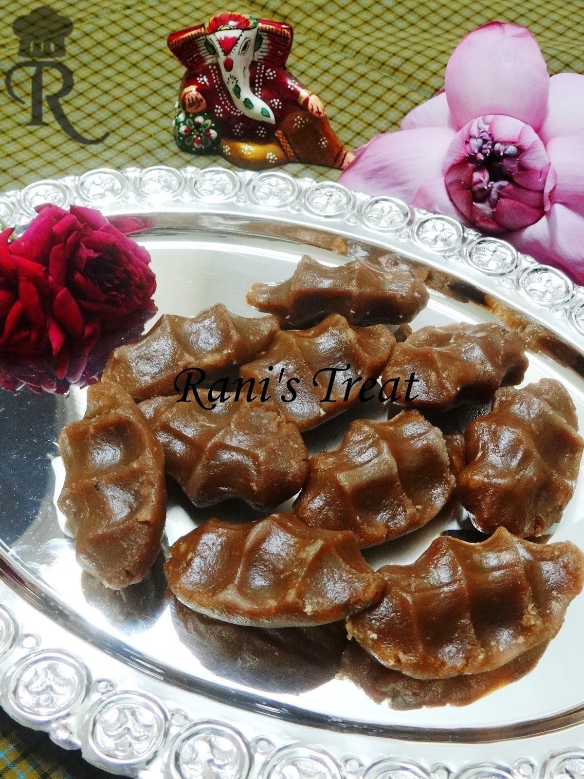 Karupatti Pidi Kozhukattai | Palm Jaggery Sweet Dumpling