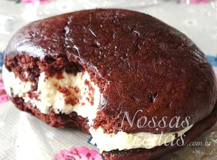 Biscoito de chocolate recheado
