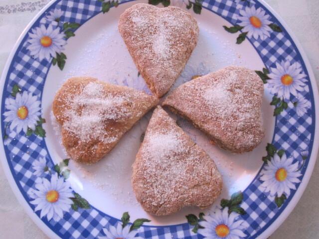 Biscoitos São Valentim e São Paulo