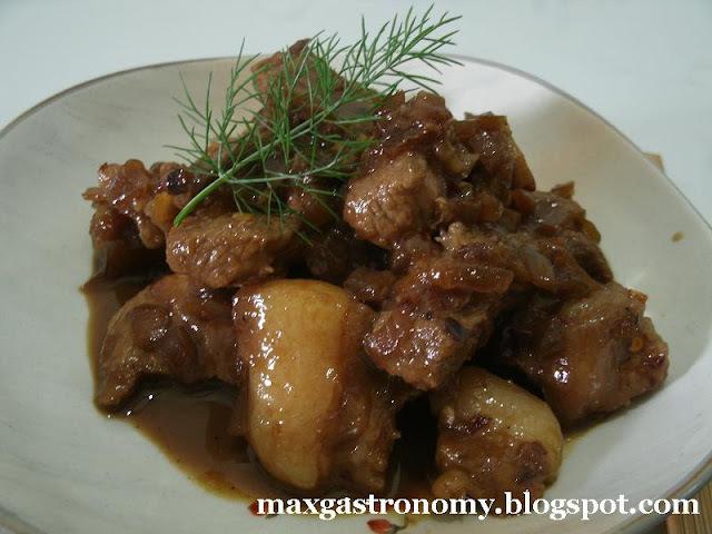 carne cozida com molho shoyu