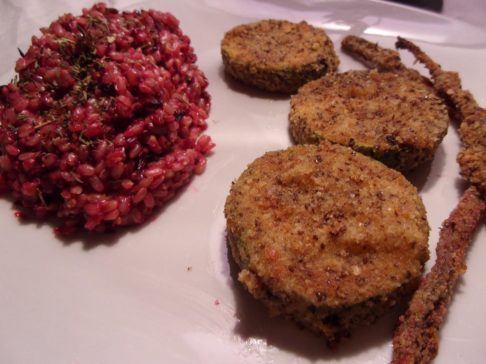 Rincón Vegano- Vegetariano: Arroz Morado con milanesas de Zucchini y Palitos de remolacha rebozados .-