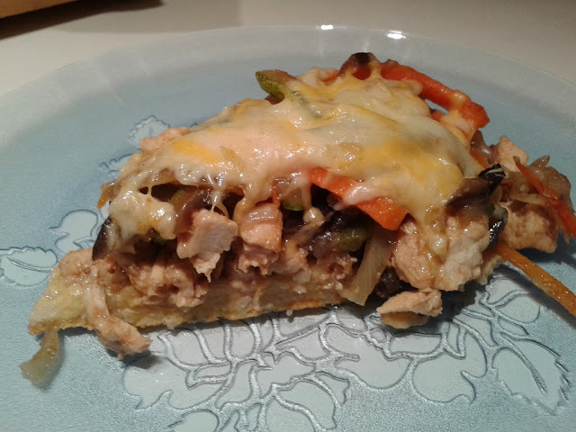 PIZZA DE POLLO Y VEGETALES