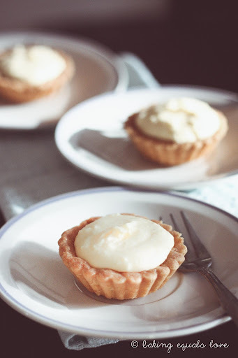 Foux de Petite French Lemon Cream Tarts