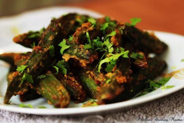 bharwa bhindi in hindi by sanjeev kapoor