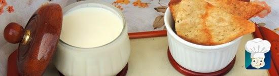Requeijão caseiro cremoso + Torradas de pão árabe integral