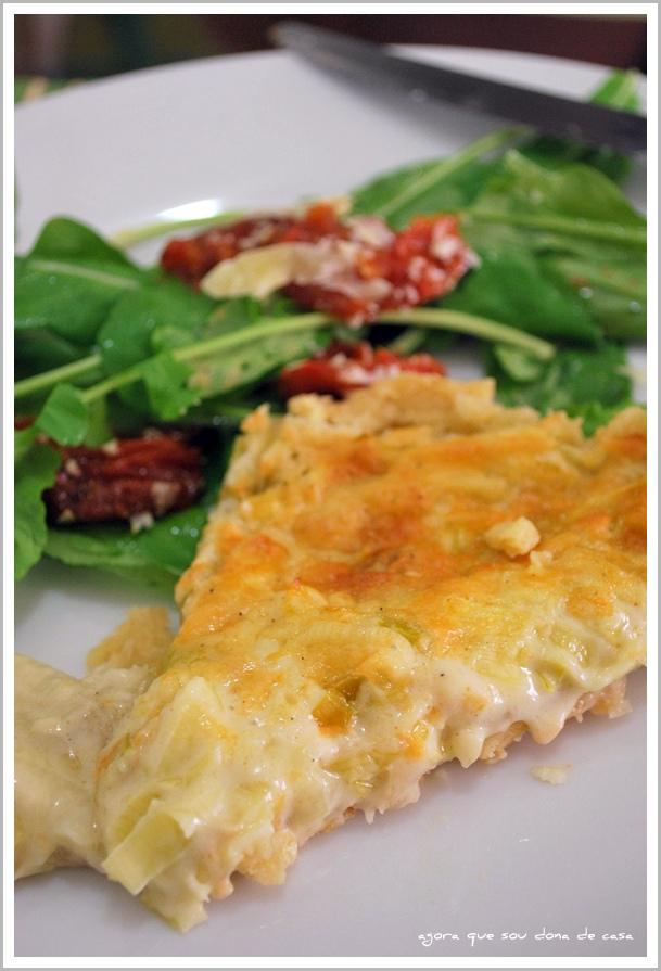 para refeições descomplicadas: quiche de queijo com alho poró