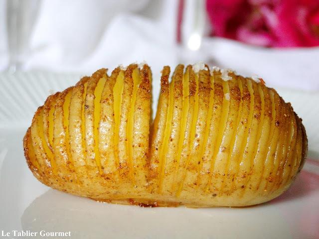 Pour accompagner vos barbecues, les hasselback potatoes suédoises (pommes de terre bio rôties au four)