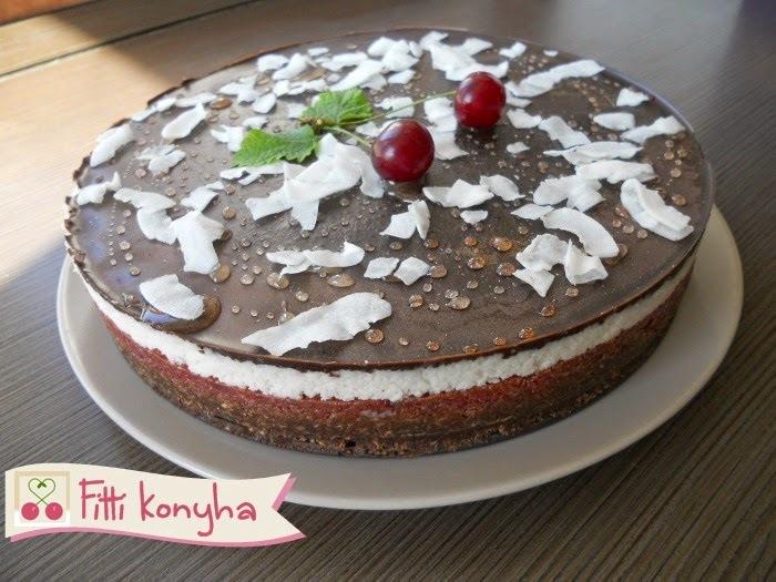 Meggyes-kókuszos-csokis torta (paleo, sütés nélkül)
