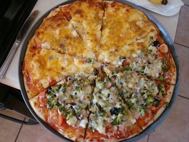 Pizza com massa de focaccia