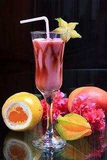 coquetel com xarope de frutas sem alcool