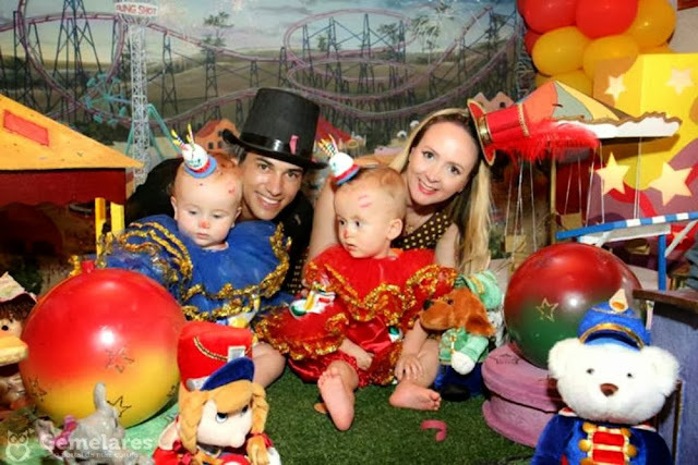 Festa de aniversário tema Circo para gêmeos